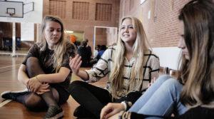 bliv elev på højskole for unge
